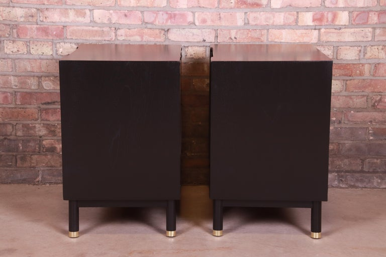 John Widdicomb Mid-Century Modern Black Lacquered Nightstands, Newly Refinished 8