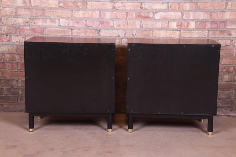 John Widdicomb Mid-Century Modern Black Lacquered Nightstands, Newly Refinished 10