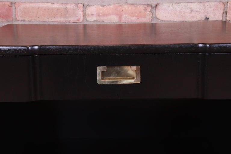 John Widdicomb Mid-Century Modern Black Lacquered Nightstands, Newly Refinished 1