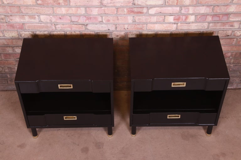 John Widdicomb Mid-Century Modern Black Lacquered Nightstands, Newly Refinished 3