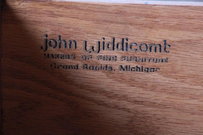 John Widdicomb Mid-Century Modern Walnut Armoire Dresser, circa 1960s 7