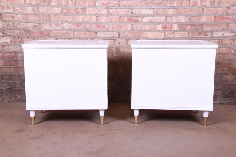 John Widdicomb Mid-Century Modern White Lacquered Nightstands, Newly Refinished For Sale 8