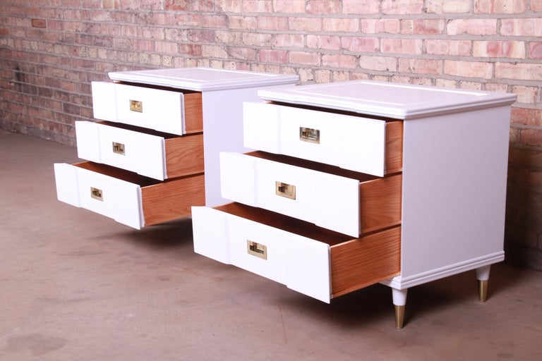 John Widdicomb Mid-Century Modern White Lacquered Nightstands, Newly Refinished For Sale 2