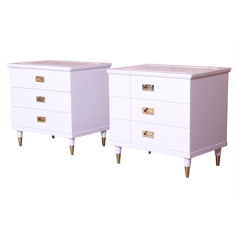 John Widdicomb Mid-Century Modern White Lacquered Nightstands, Newly Refinished For Sale