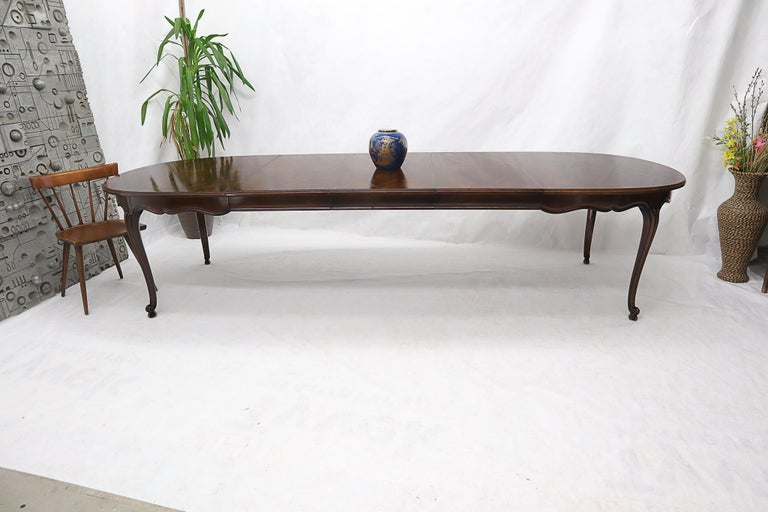 20th Century John Widdicomb Parquet Inlay Country French Dining Table with 3 Leaves For Sale