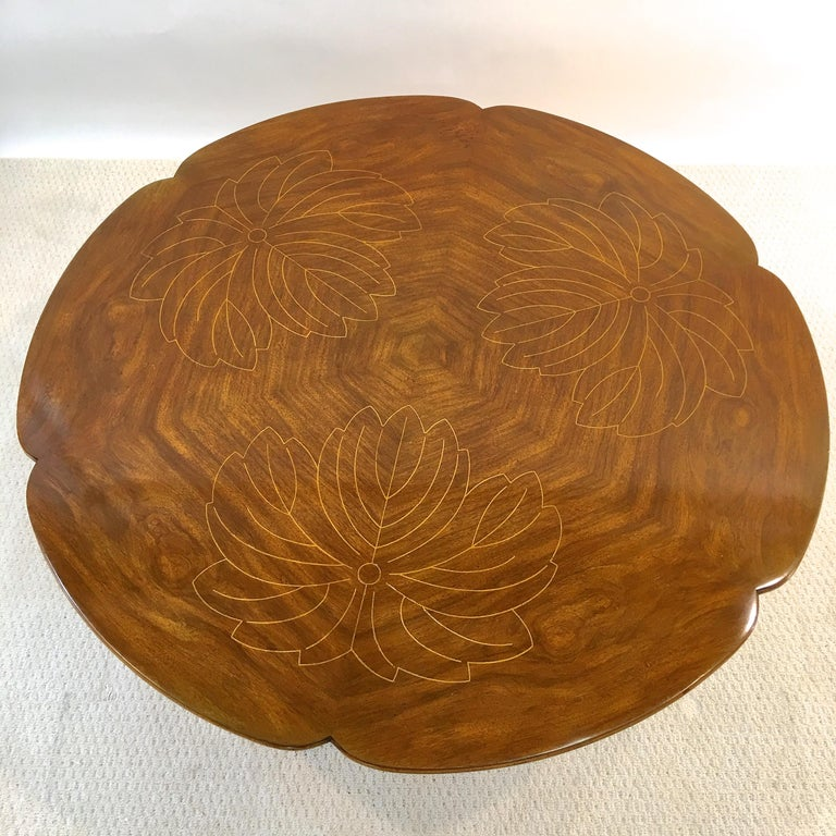 American John Widdicomb Scalloped Edge Round Cocktail Table with Inlay For Sale