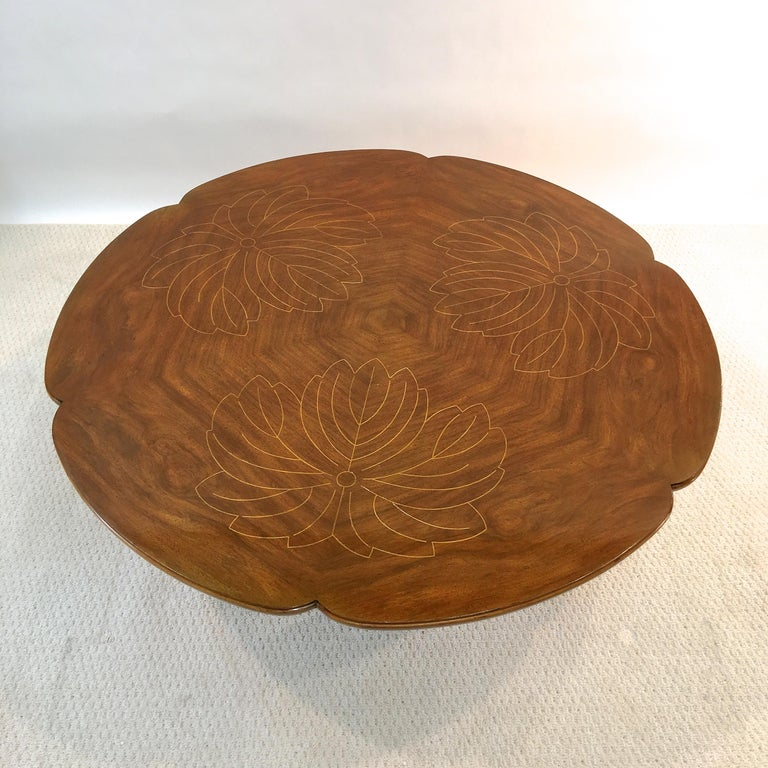 Walnut John Widdicomb Scalloped Edge Round Cocktail Table with Inlay For Sale