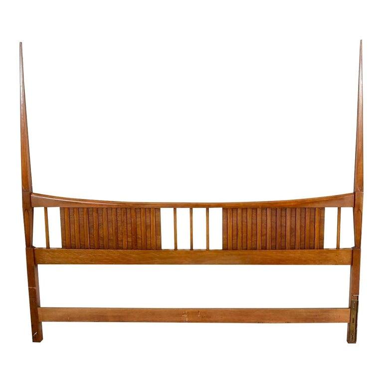John Widdicomb Tall Post King Bed Headboard For Sale 11