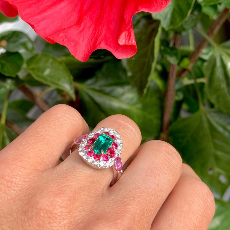 1.10 Carat Unoiled Emerald, Unheated Red Spinel and Pink Sapphire Ring For Sale 7