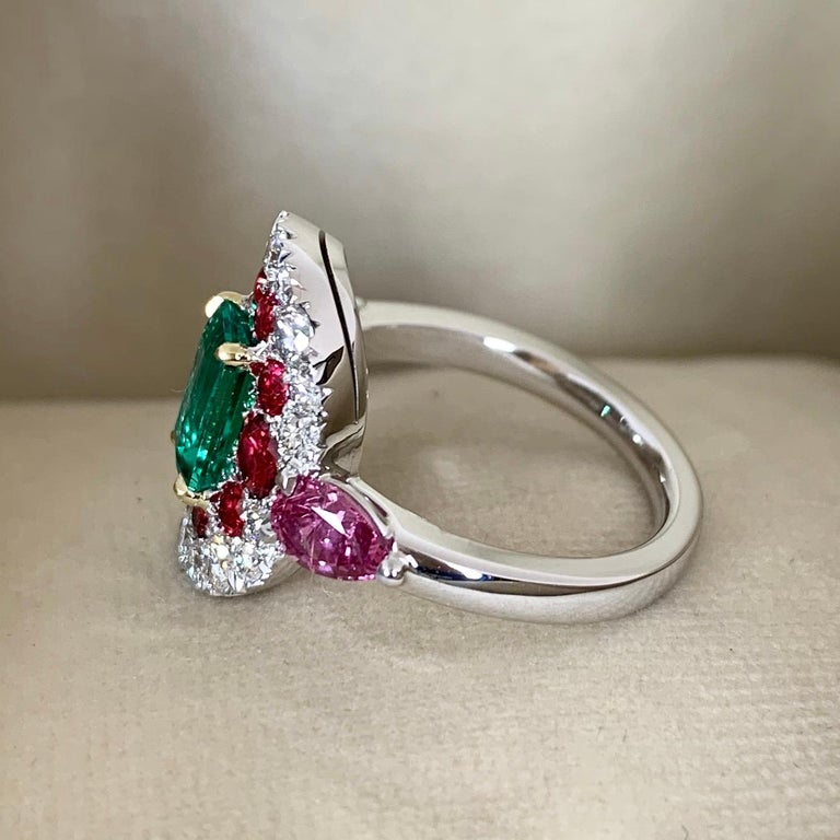 Contemporary 1.10 Carat Unoiled Emerald, Unheated Red Spinel and Pink Sapphire Ring For Sale