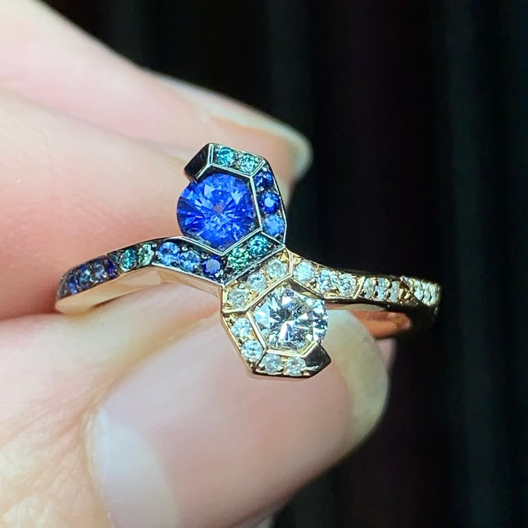 Contemporary Joke Quick 18K Rose Gold Sapphire and Diamond Toi et Moi ring For Sale