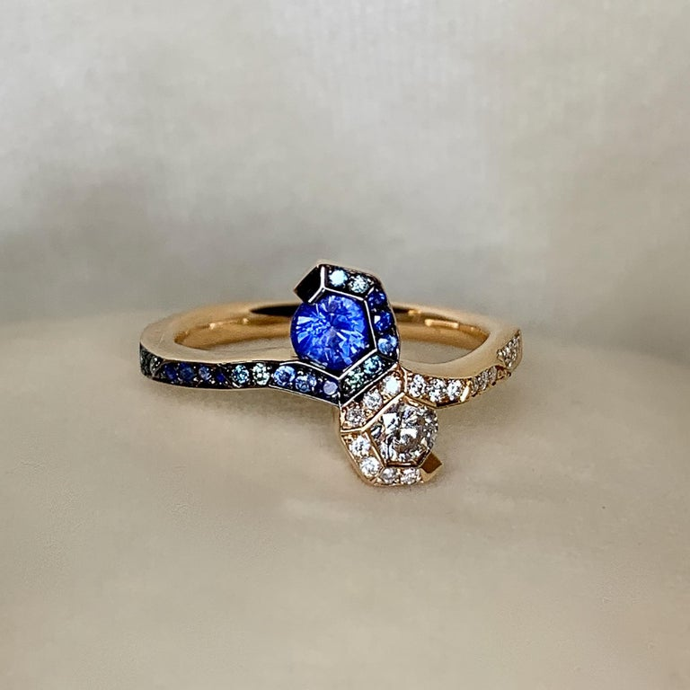 Joke Quick 18K Rose Gold Sapphire and Diamond Toi et Moi ring In New Condition For Sale In Antwerp, BE