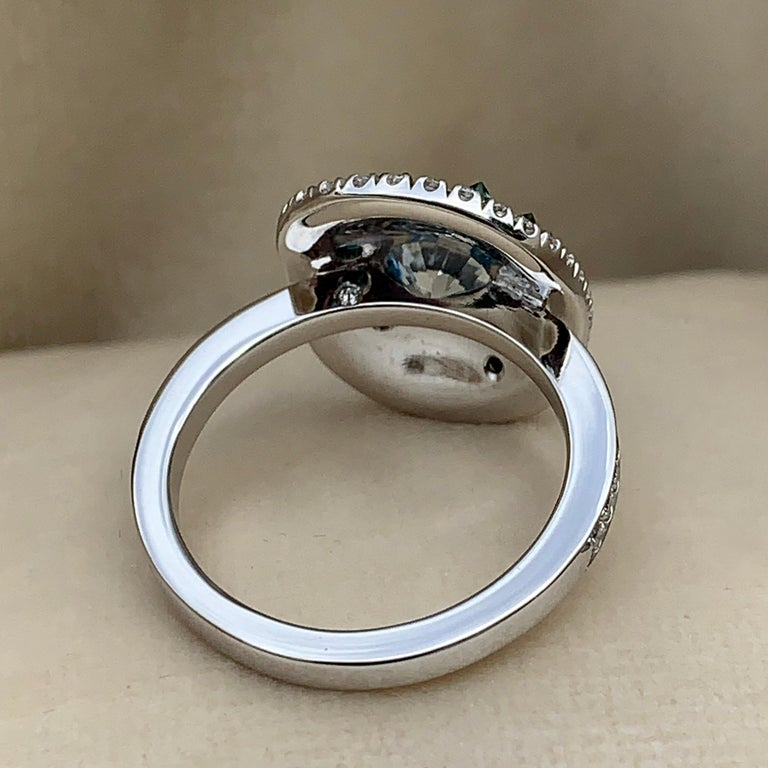18 Karat White Gold 2.49 Carat Pave Diamond Cocktail Ring In New Condition For Sale In Antwerp, BE