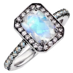 Joke Quick Faceted Rainbow Moonstone White Diamond Twilight Ring