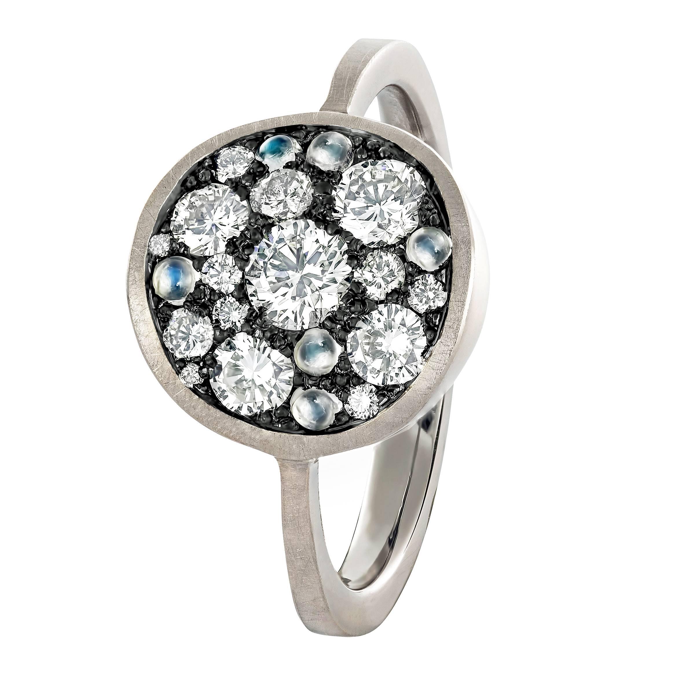 Joke Quick White Diamond Blue Moonstone Warm Gold Starstruck Ring