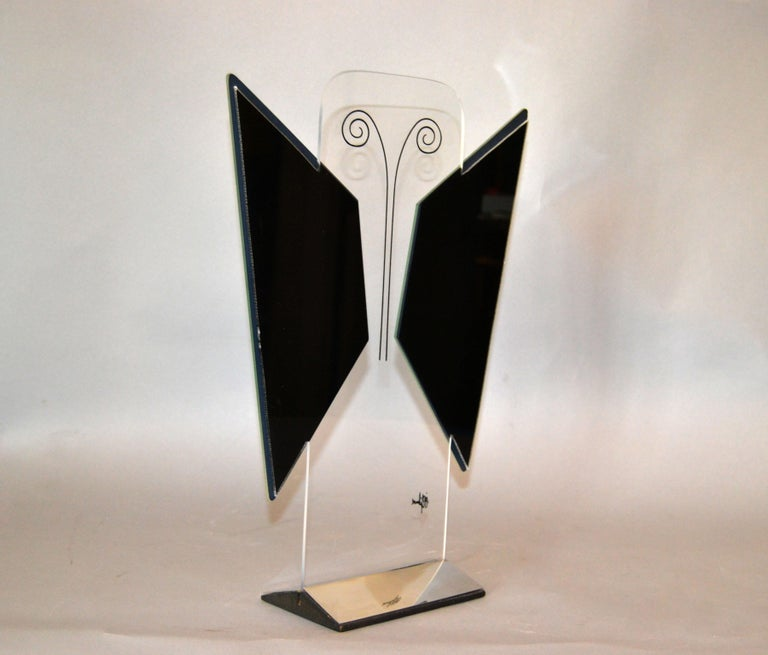Jon Gilmore Mid-Century Modern Art Mirror in Chrome and Lucite Shaped Butterfly For Sale 1