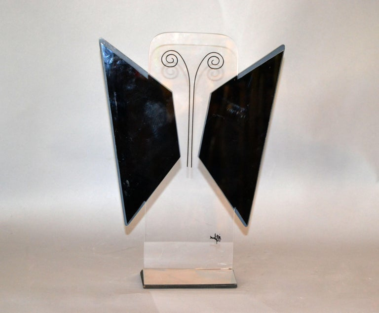 Jon Gilmore Mid-Century Modern Art Mirror in Chrome and Lucite Shaped Butterfly For Sale 2