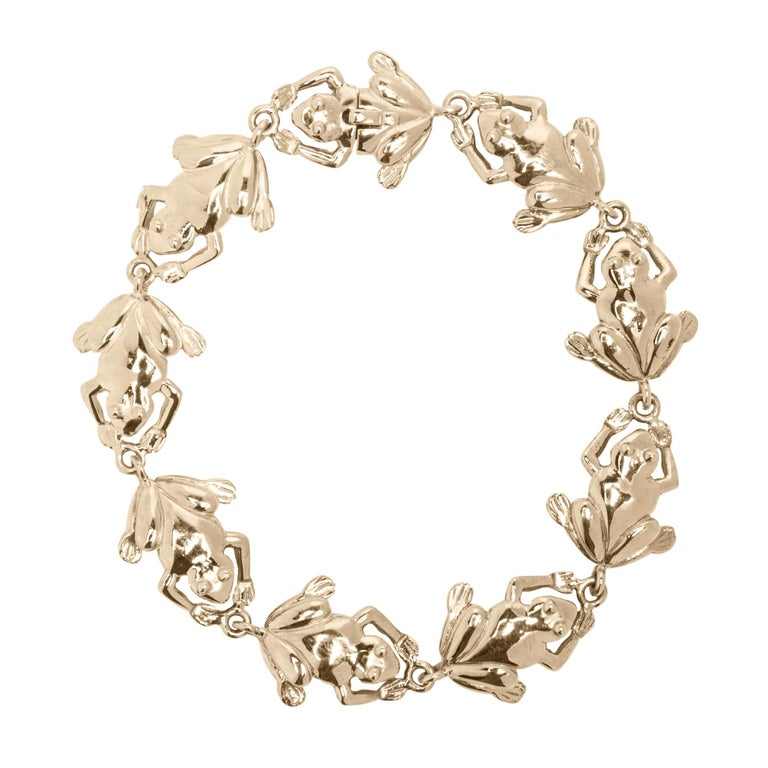 Jona design collection, hand crafted in Italy, 18 karat yellow gold link frogs bracelet. Dimensions: 17 cm Lenght / 1 cm Width. All Jona jewelry is new and has never been previously owned or worn. Each item will arrive at your door beautifully gift
