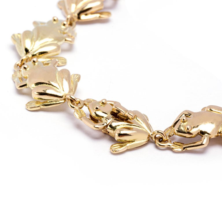 Women's or Men's Jona 18 Karat Yellow Gold Frog Link Bracelet For Sale