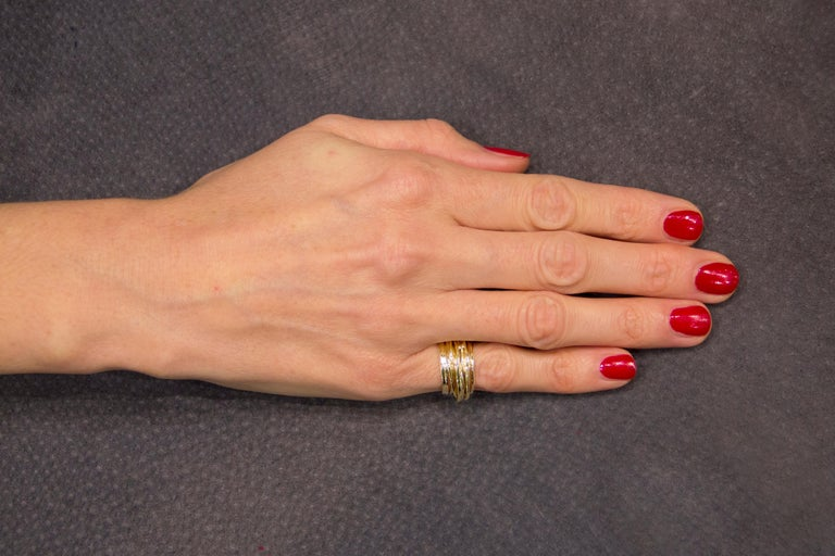 Jona 18 Karat Yellow Gold Spaghetti Ring Band For Sale 2