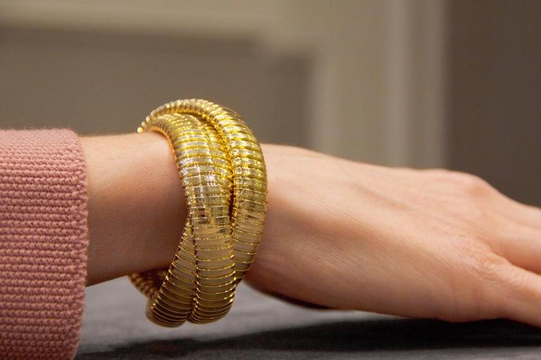 Alex Jona 18 Karat Yellow Gold Tubogas Rolling Bracelet For Sale 2