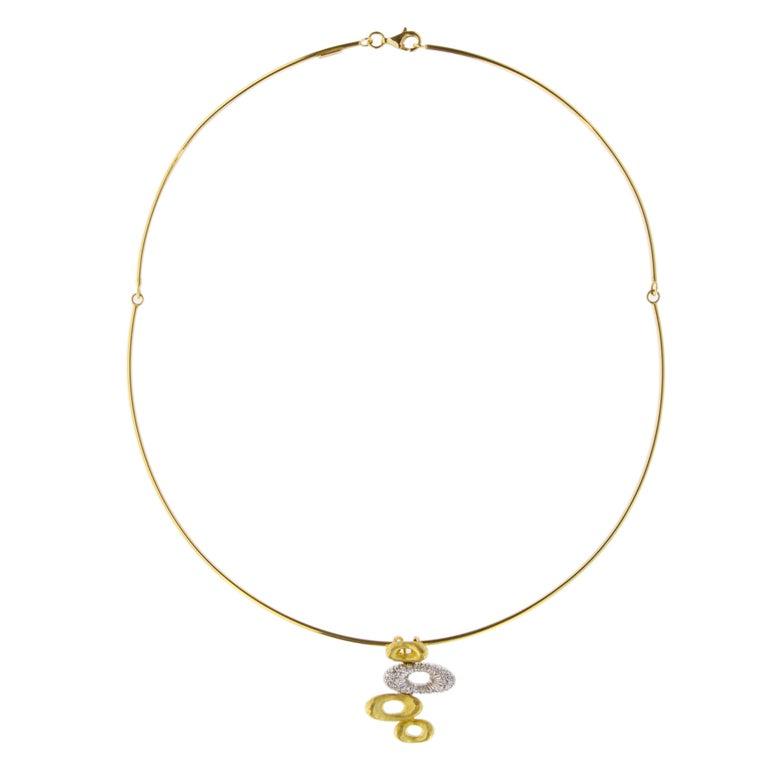 Round Cut Jona 18 Karat Yellow Gold White Diamond Choker Pendant Necklace