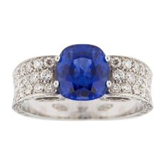 Jona 2.85 Carat Sapphire White Diamond 18 Karat White Gold Ring