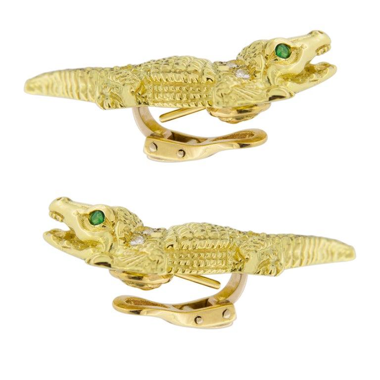 Jona Alligator 18 Karat Yellow Gold White Diamond Emerald Clip-On Stud Earrings For Sale 2