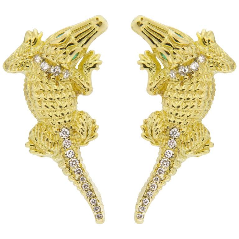 Jona Alligator 18 Karat Yellow Gold White Diamond Emerald Clip-On Stud Earrings For Sale