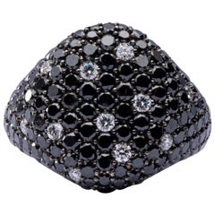 Jona Black and White Diamond 18 Karat White Gold Signet Ring