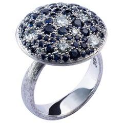 Jona Blue Sapphire White Diamond 18 Karat White Gold Ring