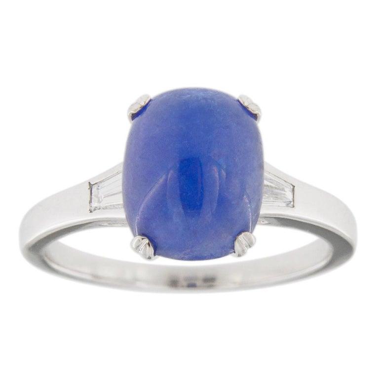 Jona Cabochon Tanzanite White Diamond 18 Karat White Gold Solitaire Ring In New Condition For Sale In Torino, IT