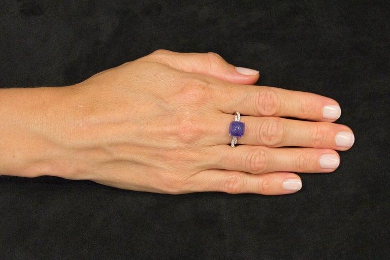 Jona Cabochon Tanzanite White Diamond 18 Karat White Gold Solitaire Ring For Sale 1