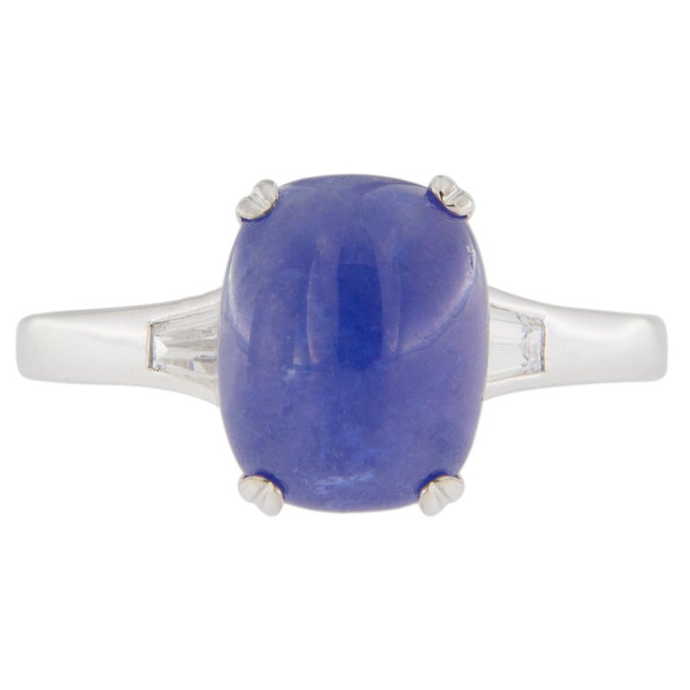 Jona Cabochon Tanzanite White Diamond 18 Karat White Gold Solitaire Ring For Sale 2