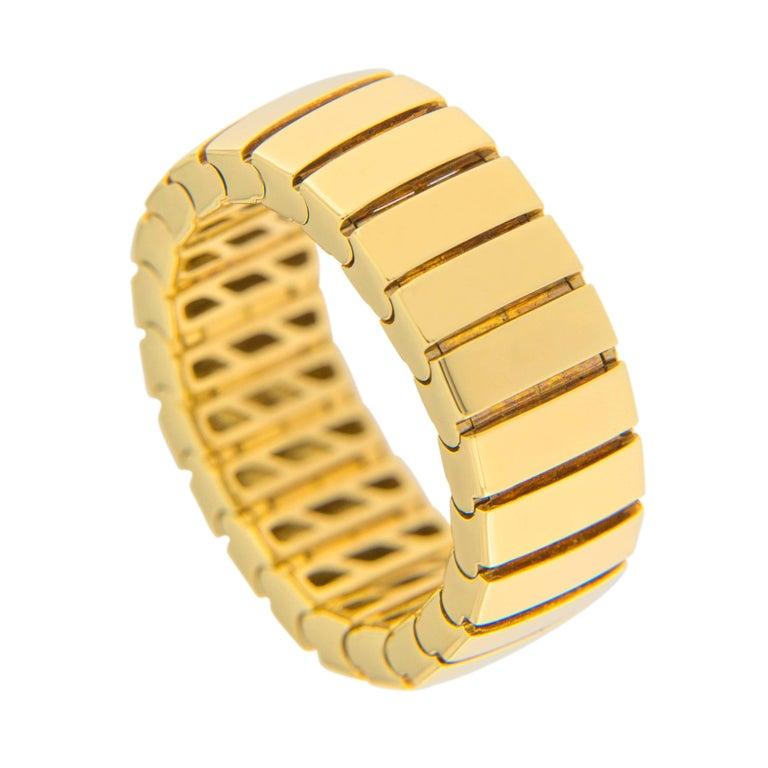 Jona 18 Karat Yellow Gold Flexible Band Ring For Sale