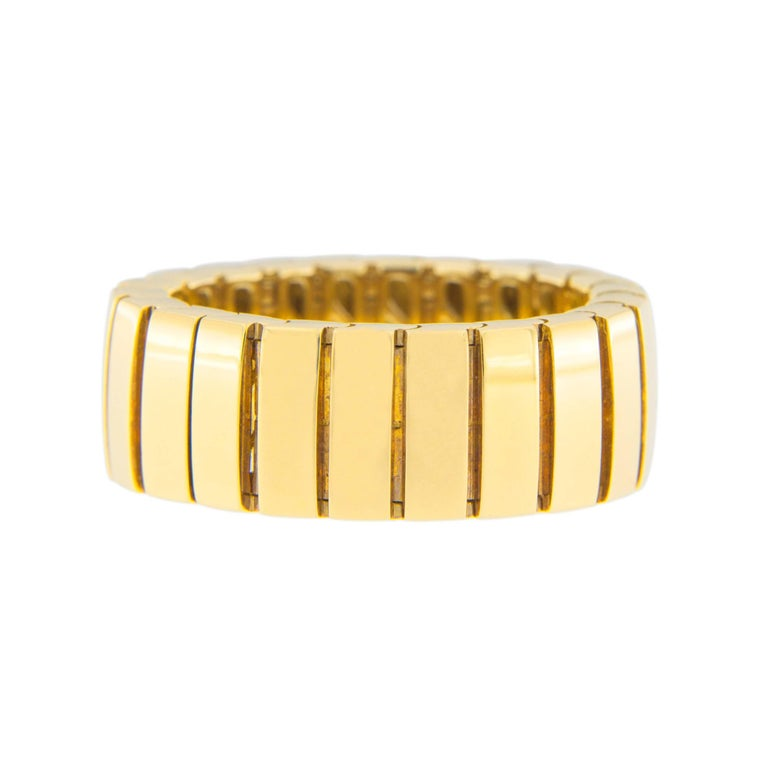 Jona 18 Karat Yellow Gold Flexible Band Ring In New Condition For Sale In Torino, IT