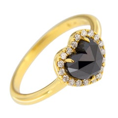 Jona Heart Black Diamond White Diamond 18 Karat Gold Halo Ring
