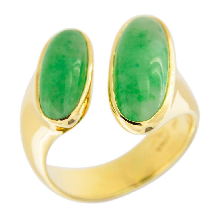 Jona Natural Burmese Jadeite Jade 18 Karat Yellow Gold Ring For Sale 2