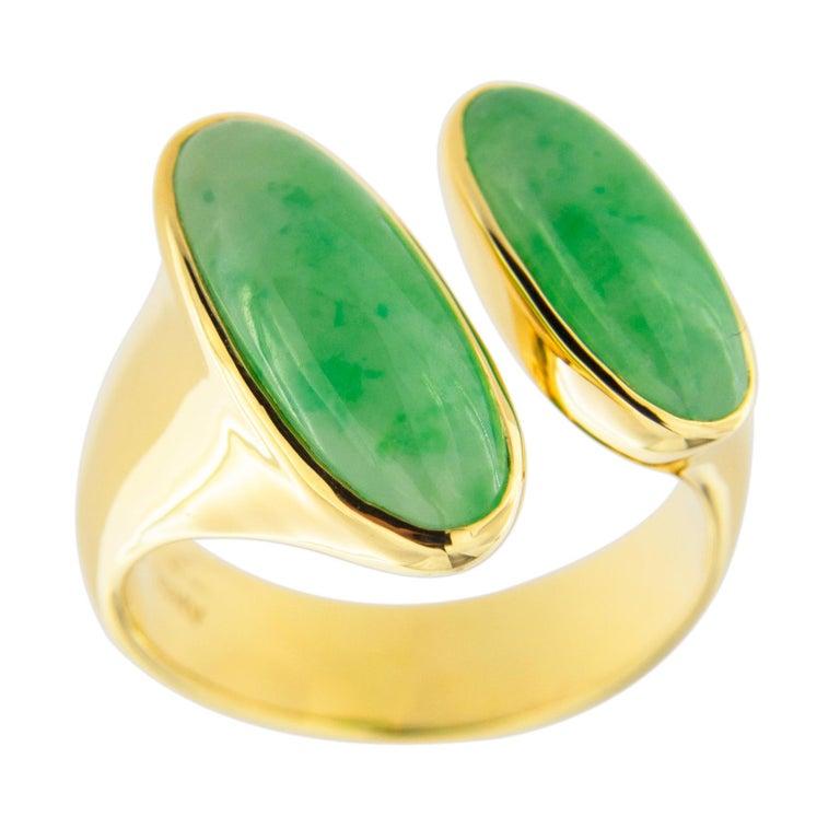Jona Natural Burmese Jadeite Jade 18 Karat Yellow Gold Ring For Sale