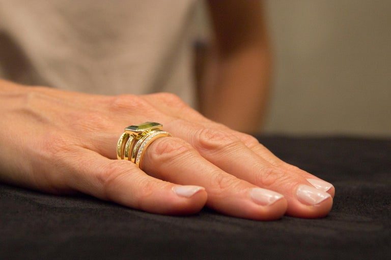 Jona Peridot White Diamond 18 Karat Yellow Gold Band Ring For Sale 6