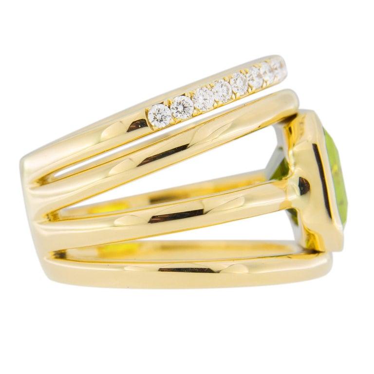 Jona Peridot White Diamond 18 Karat Yellow Gold Band Ring For Sale 5