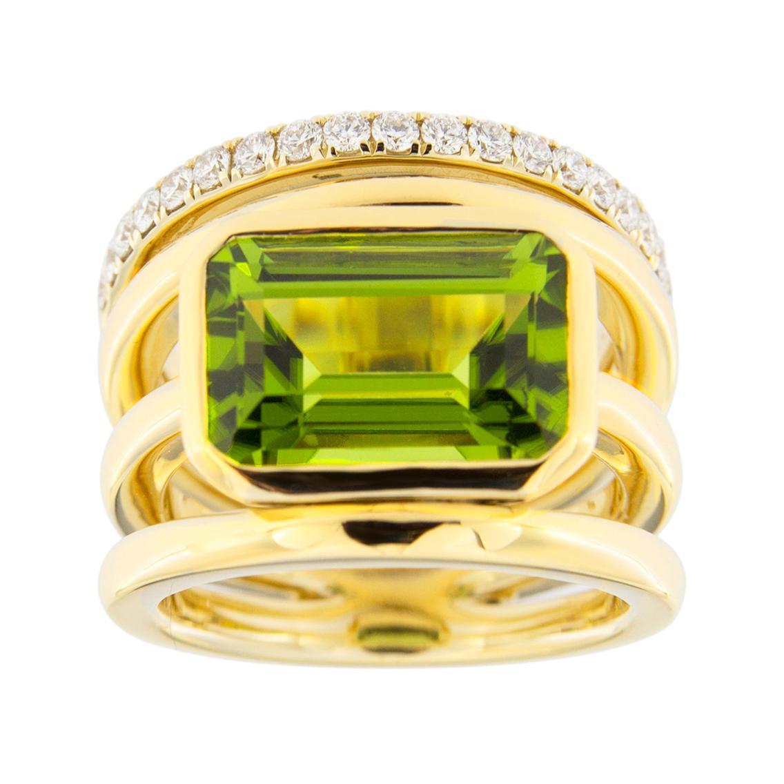 Jona Peridot White Diamond 18 Karat Yellow Gold Band Ring