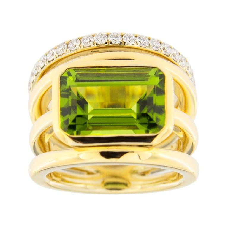 Jona Peridot White Diamond 18 Karat Yellow Gold Band Ring For Sale
