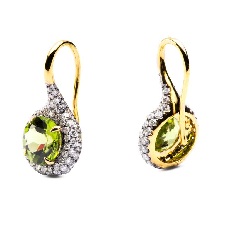 Cushion Cut Alex Jona Peridot White Diamond 18 Karat Yellow Gold Stud Earrings For Sale