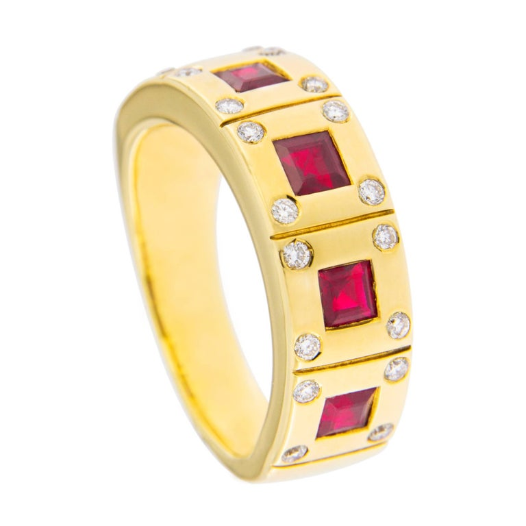 Jona Ruby White Diamond 18 Karat Yellow Gold Band Ring