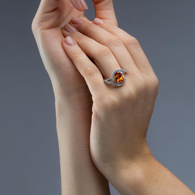 Women's Jona Spessartite Garnet White Diamond 18 Karat White Gold Solitaire Ring For Sale