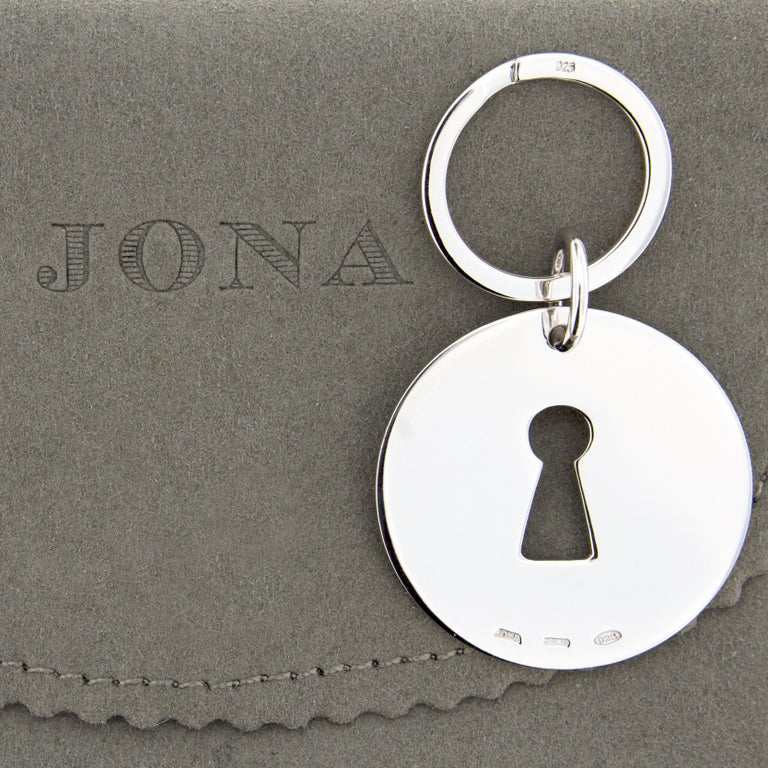 Jona Sterling Silver Keyhole Key Holder In New Condition For Sale In Torino, IT