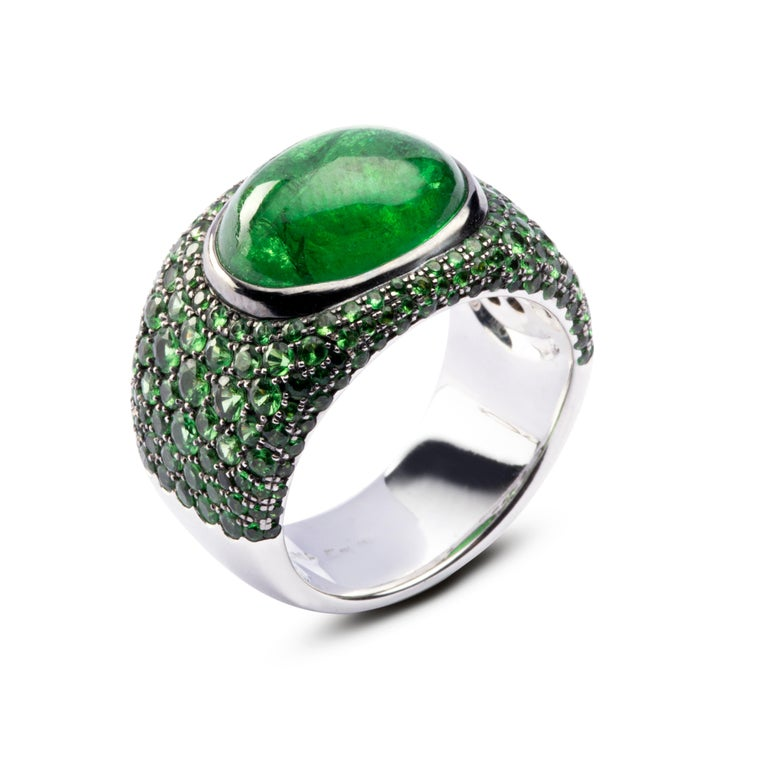 Women's or Men's Jona Tsavorite 18 Karat White Gold Band Ring For Sale