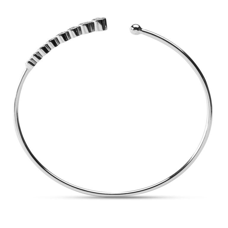 Women's or Men's Jona White Diamond 18 Karat White Gold Bangle Bracelet For Sale