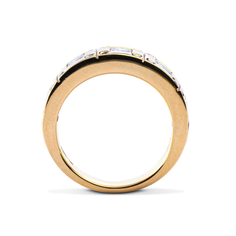 Alex Jona White Diamond 18 Karat Yellow Gold Band Ring In New Condition For Sale In Torino, IT